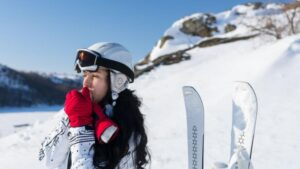 ski mittens womens