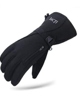 snowboard gloves with pocket