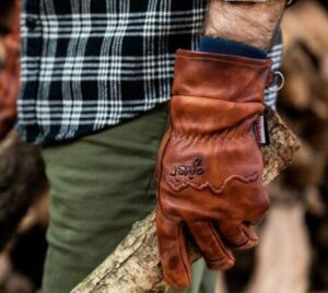 how to choose the best winter gloves for men