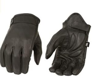 pull on motorcycle gloves for adventure