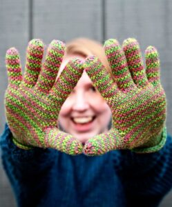 knit with fingers