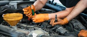 how to buy the mechanic disposable gloves for heavy duty work
