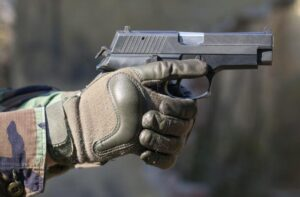 tactical gloves with hard knuckles for cold weather